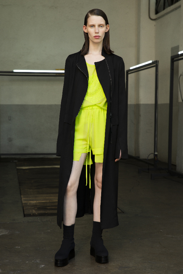 long jacket - t-shirt - shorts - spring summer 2019 collection