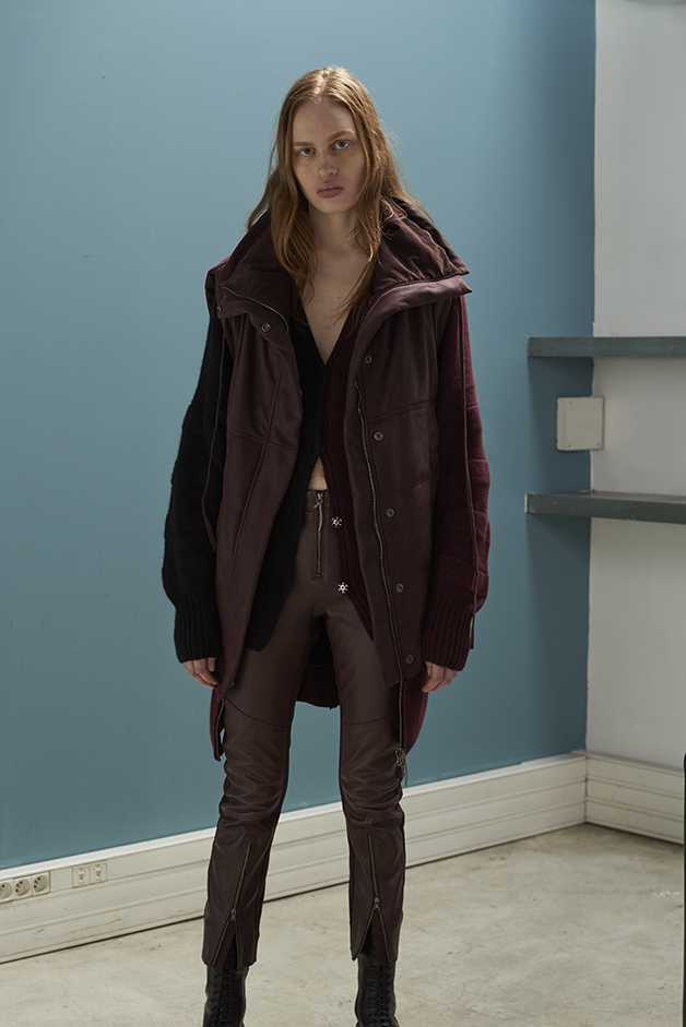 ILARIA NISTRI FALL WINTER 2016 COLLECTION vest leather cardigan  leather pants